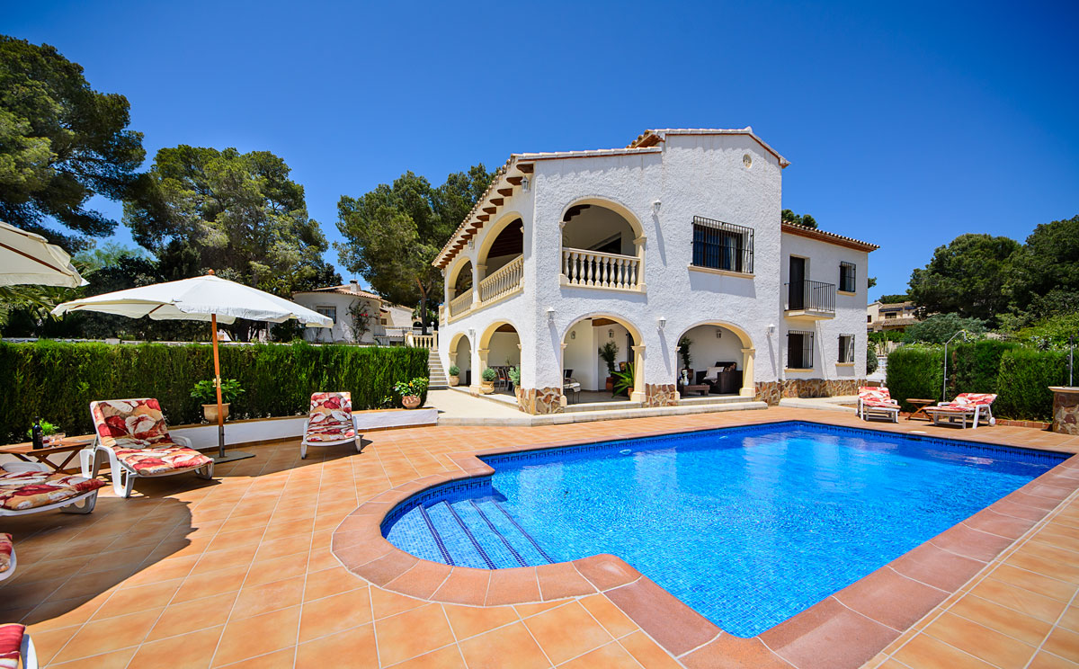 Explore for some of the for Villas with pools